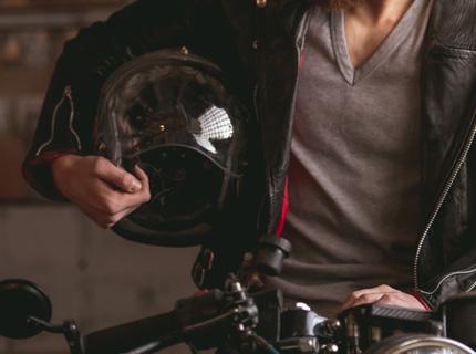 EMC Rahoitus moottoripyörä ajoneuvo ajovaruste huolto