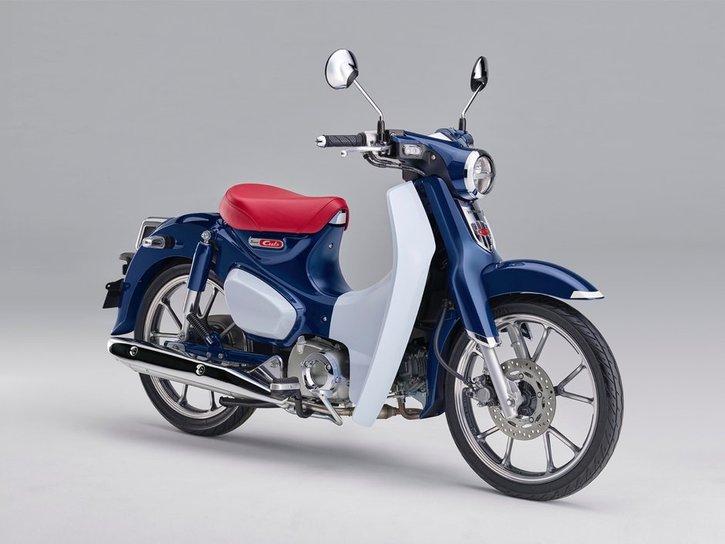 Honda Super Cub 125 2020 blue side