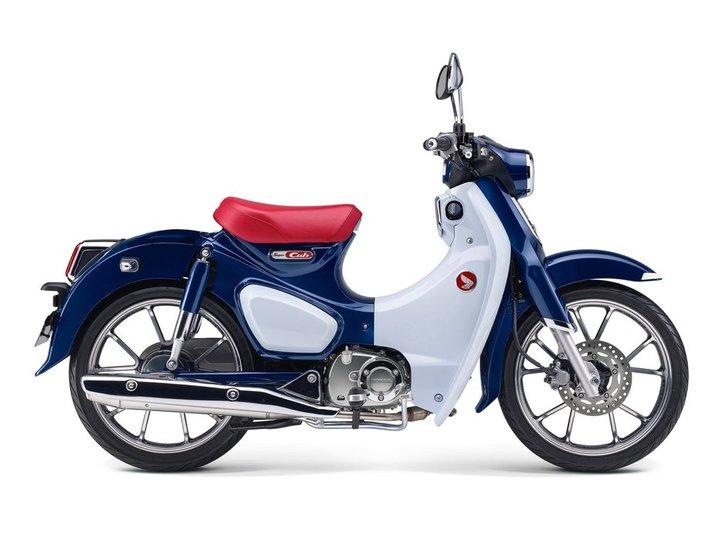 Honda Super Cub 125 2020 blue