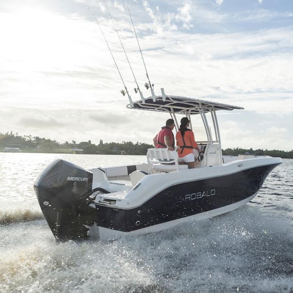Mercury FourStroke 200 hv boat