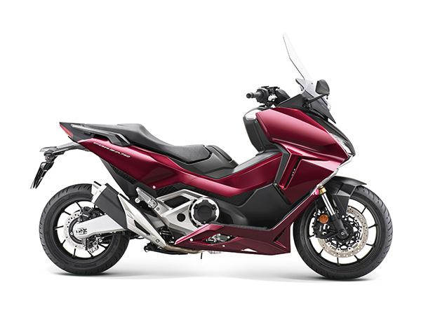 Forza 750 21YM 3 R381 01